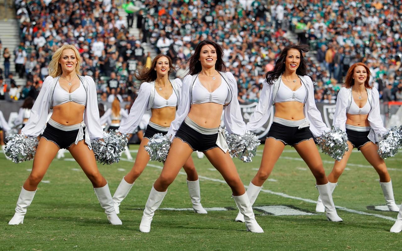 nude pic of raiders cheerleaders