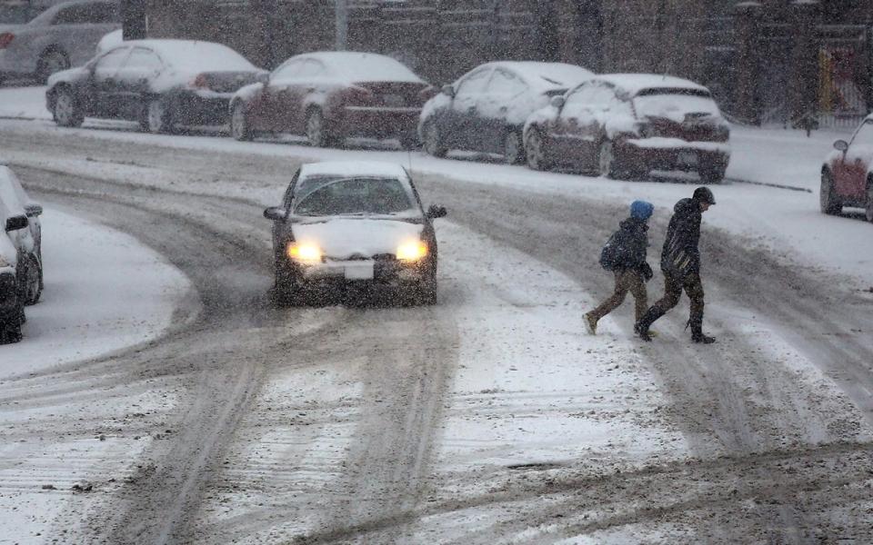 Big winter storm hits east coast disrupts travel al for Winter vacation east coast