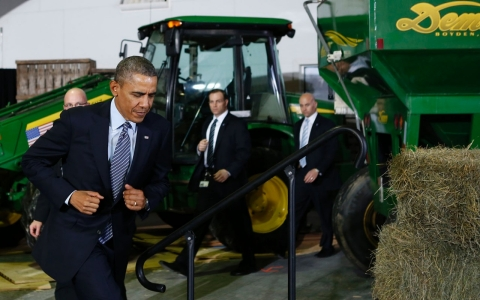 Thumbnail image for Obama signs bill to aid farmers, cut food stamps