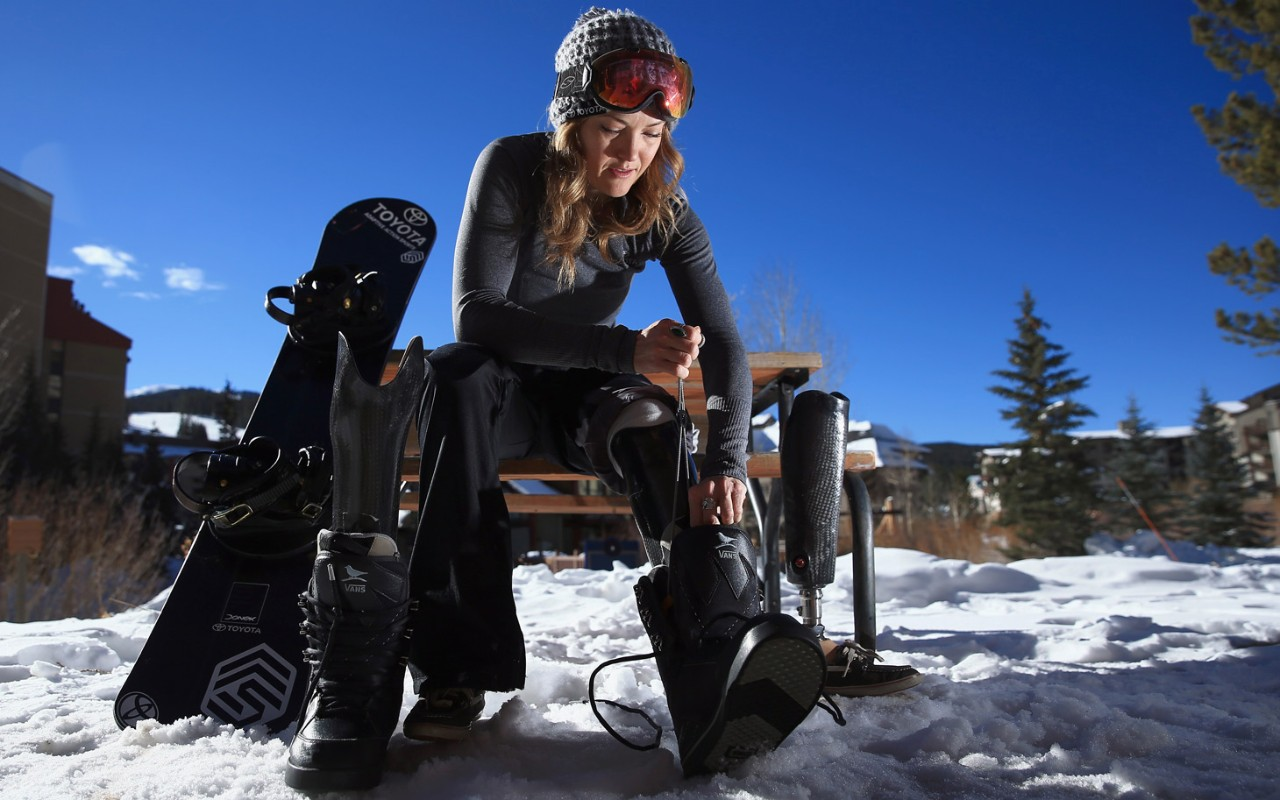 New dating app is like Tinder for skiers