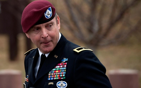 Thumbnail image for Army Gen. Sinclair avoids jail time in sexual assault case