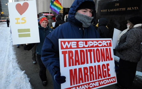 Thumbnail image for Star witness to defend ban on gay marriage takes the stand in Detroit