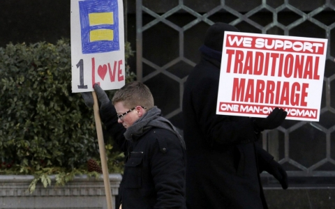Thumbnail image for Parade of witnesses begins in Detroit marriage trial