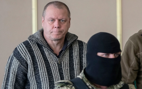 Thumbnail image for Pro-Russian rebels release international monitor, West prepares sanctions