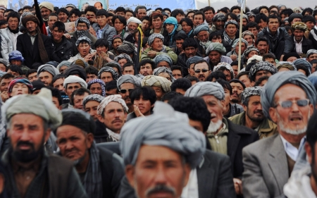 Who are the combatants if Afghanistan reverts to civil war?
