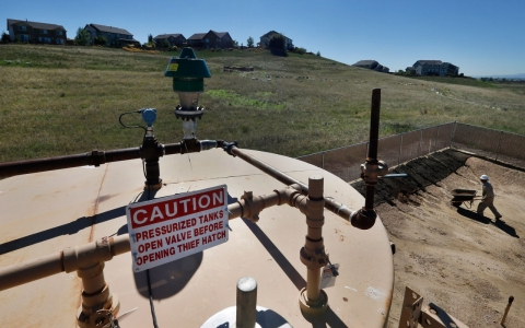Thumbnail image for New study links fracking to birth defects in heavily-drilled Colorado