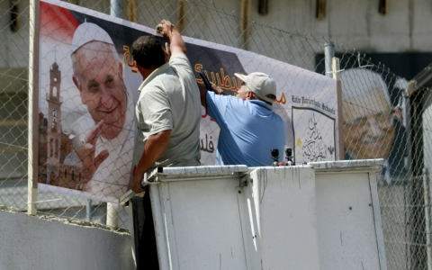 Thumbnail image for Pope's Holy Land visit casts light on plight of Palestinian Christians
