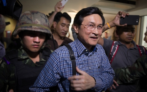 Thumbnail image for Thai troops detain ex-government minister who criticized coup