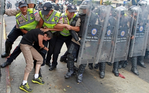 Thumbnail image for Human Rights Watch finds 'systematic' rights violations in Venezuela