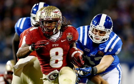 Devonta Freeman sets sights on NFL, lifting others out of Miami's projects