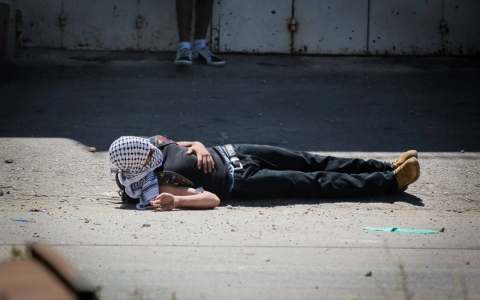Thumbnail image for Rights groups: Palestinian teens killed with live ammo, deaths 'unlawful'