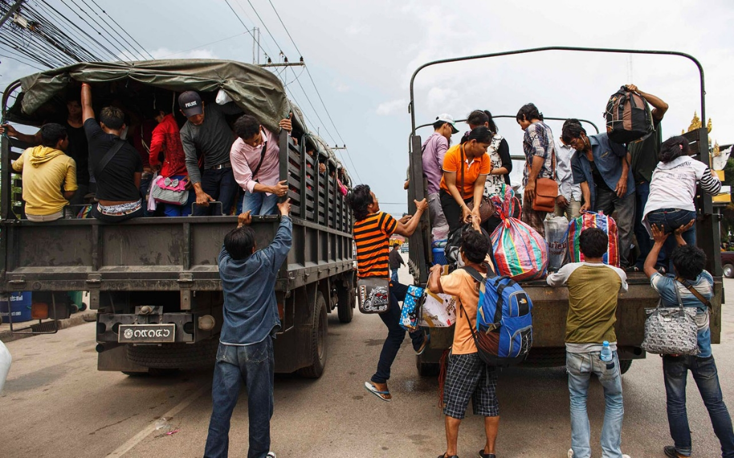 Over 100,000 Cambodians flee Thailand amid fears of ...