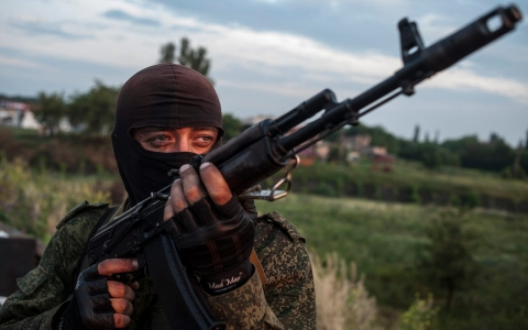 Thumbnail image for Russian troops seen to mass at Ukraine border as rebels reject peace plan