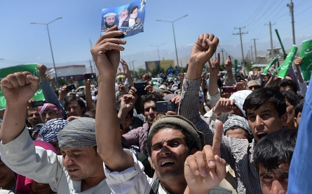 Hundreds protest alleged fraud in Afghan election
