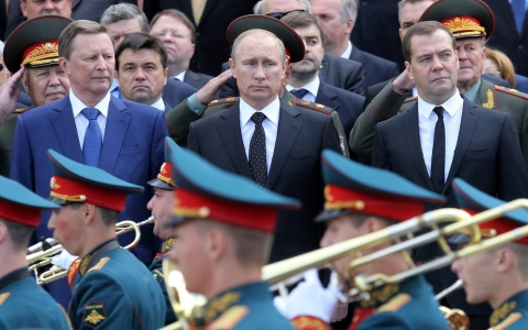 Thumbnail image for Putin pledges support for Ukraine cease-fire as fighting continues