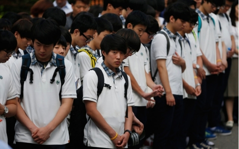 Thumbnail image for S. Korea ferry sinking survivors return to class