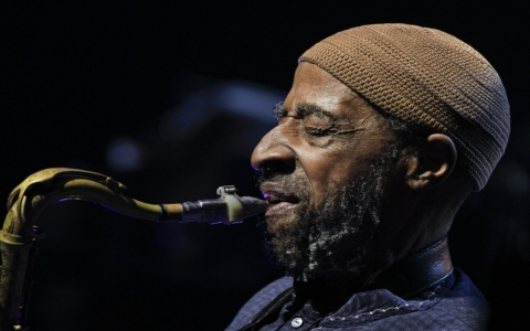 Thumbnail image for Grammy-winning saxophonist Yusef Lateef dies at 93