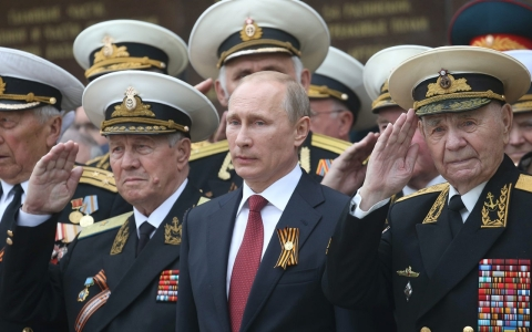 Thumbnail image for As G-7 prepares to meet, Putin scales back in eastern Ukraine