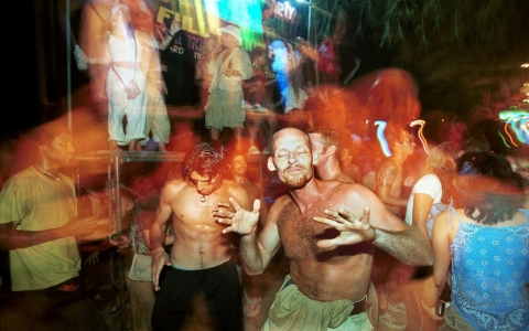 Thumbnail image for Travel agents ask Thai military to lift curfew ahead of 'full-moon party'