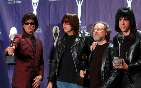 Thumbnail image for Tommy Ramone, last of the band's original lineup, dies at age 65