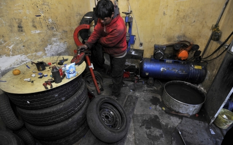 Thumbnail image for Bolivia makes child labor legal from age 10
