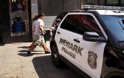 Thumbnail image for Feds: Newark police disproportionately target blacks, use excessive force