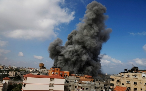 Thumbnail image for Are war crimes being committed in Gaza?