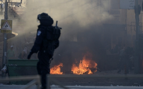 Thumbnail image for Heightened tensions erupt in chaos on the streets of East Jerusalem