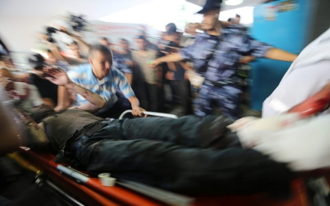 Thumbnail image for Gaza hospitals struggle to treat injured in latest Israeli airstrikes
