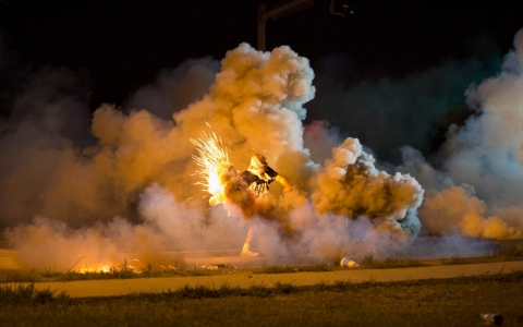 Thumbnail image for Police fire tear gas, stun grenades at Ferguson protesters
