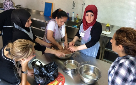 Thumbnail image for In Lebanon, building trust one kibbeh at a time