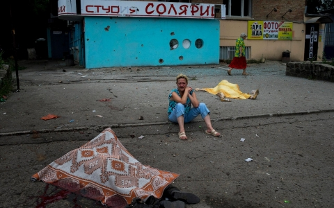 Thumbnail image for Ukrainian forces recapture key rail hub from separatists