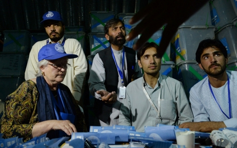 Thumbnail image for Afghan election audit 'paused' as candidates pull monitors