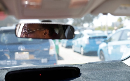 San Diego cab drivers cry foul over body order rules