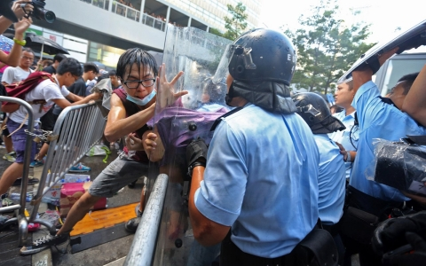 Thumbnail image for Thousands rally in Hong Kong as police arrest pro-democracy protesters