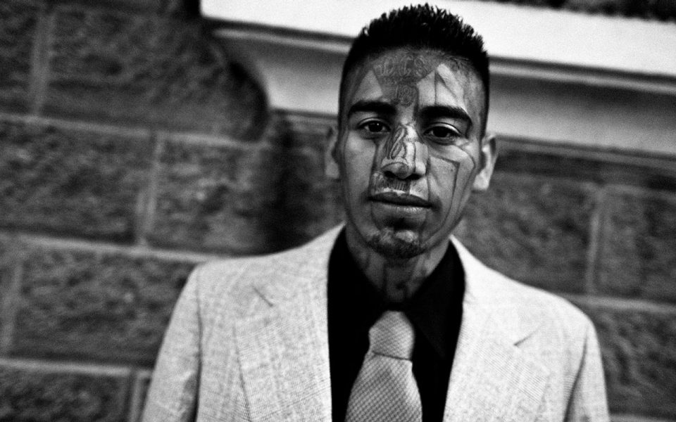 gang violence in america essay Gangs: problems and answers matt  their findings indicate direct medical costs pertaining to gang violence may have reached $23  gangs in america, sage.