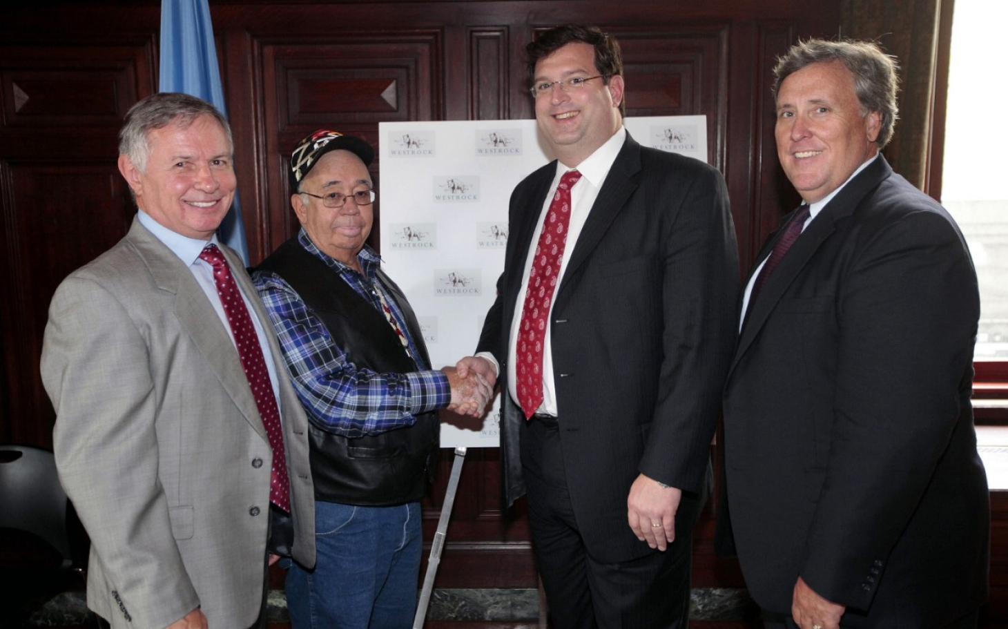 Report: Sioux tribal government mismanaged $25M in federal