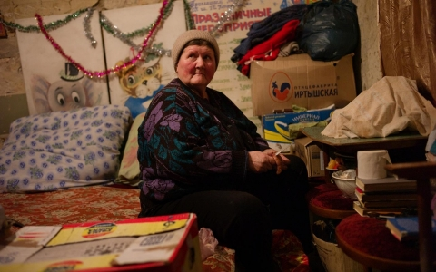 Thumbnail image for In eastern Ukraine's Miusynsk, pensioners struggle to survive winter