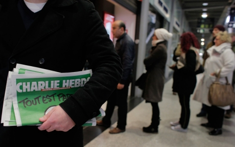 Thumbnail image for Charlie Hebdo sells out before dawn in Paris