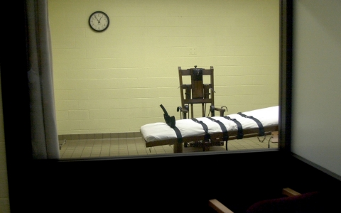 Thumbnail image for Oklahoma executes its first inmate since botched death