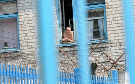 Eastern Ukraine prisoners, pretrial detainees languish in legal limbo