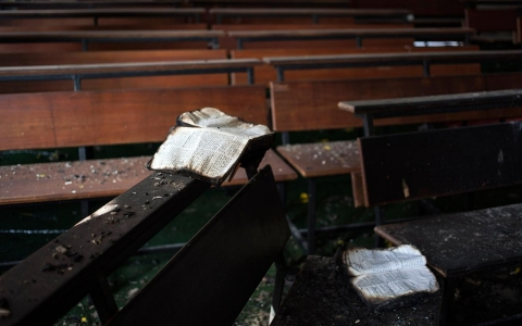 Arson destroys a church in New Delhi.
