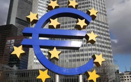 Eurozone tips into deflation, sparking fears of more economic woe to come