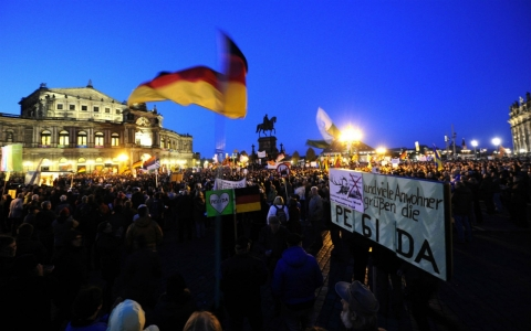 Thumbnail image for PEGIDA protests turn up heat on EU immigration officials