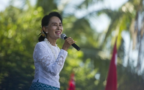 Thumbnail image for Myanmar's Suu Kyi campaigns in Rakhine, but will avoid Rohingya areas