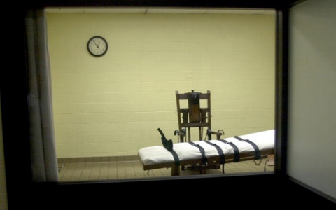 Thumbnail image for Florida inmate requests execution by electric chair
