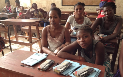 Thumbnail image for Sierra Leone opens schools for pregnant girls after spike amid Ebola
