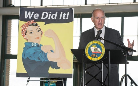 Thumbnail image for California gov. signs gender gap wage bill