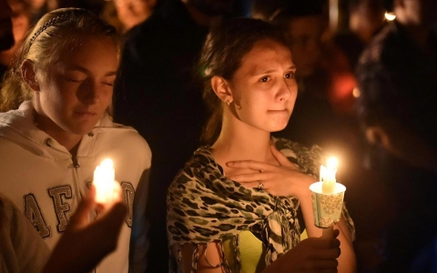 Thumbnail image for Mass shootings unlikely to sway 2016 presidential race