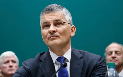 Thumbnail image for VW's US CEO apologizes for emissions scandal